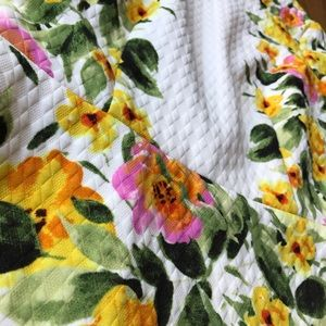 Maggy London Dresses - Maggy London Yellow/Pink Floral Dress